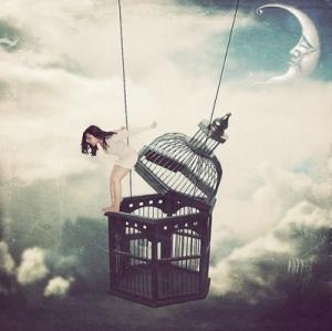 art-cage-escape-girl-moon-Favim.com-143630